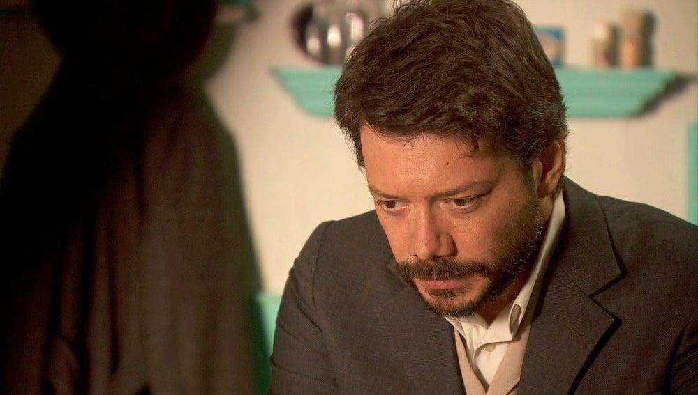 Lucas necesita, más que nunca, a Sol a su lado y en Madrid