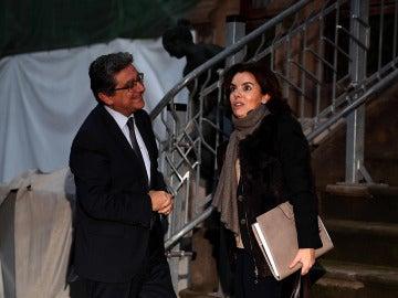 """Iceta subraya el """"cambio de actitud"""" del Gobierno tras reunirse con Sáenz de Santamaría pero pide """"pasar a la acción"""""""
