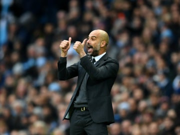 Guardiola, en la banda del Manchester City