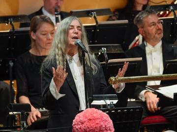 La cantante Patti Smith en la ceremonia de los Nobel en Estocolmo