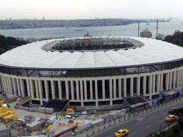 El Vodafone Arena, desde fuera