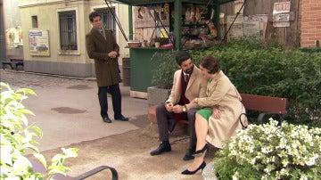 Marta no encuentra la manera de actuar frente a Rafael