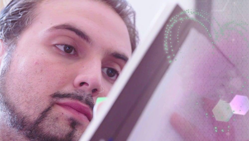 """Jesús Carrillo: """"Ser gitano y gay es una putada"""""""