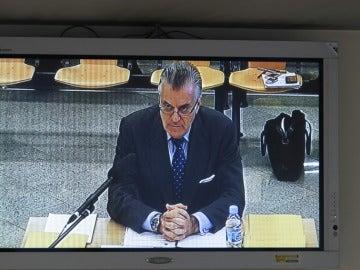 Luis Bárcenas durante su declaración