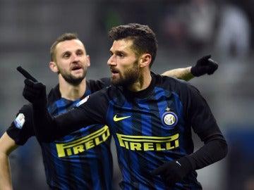 Antonio Candreva celebra un gol
