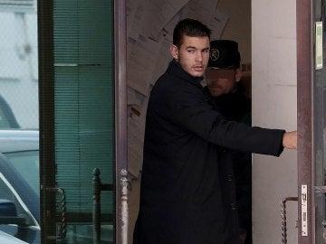 Lucas Hernández, a su llegada al juzgado