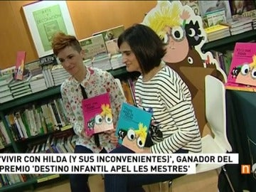 Frame 1.608888 de: Presentan el libro 'Vivir con Hilda (y sus inconvenientes)', premio Destino Infantil - Apel·les Mestres