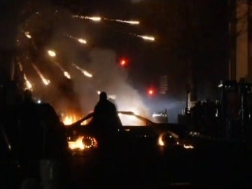 Disturbios en París por la supuesta de violación de un policía a un detenido