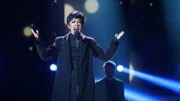 Beatriz Luengo, explosión de emociones en la piel de Jennifer Hudson en un inmenso 'Hallelujah'