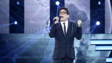 Juan Muñoz recita palabras de amor para 'El Mundo' como Jimmy Fontana