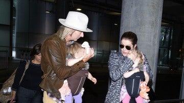 Lisa Marie Presley con sus hijas y su exmarido Michael Lockwood