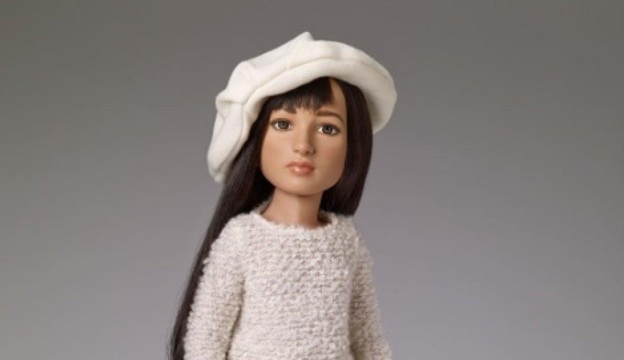 La primera muñeca transgénero