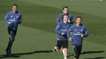 Cristiano Ronaldo, Modric, Kovacic y Keylor Navas, en el entrenamiento del Real Madrid