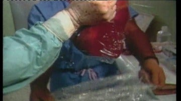 Frame 8.153181 de: Se presentan  251.000 firmas contra la sustracción forzada de órganos en China