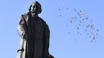 Estatua del poeta José Zorrilla