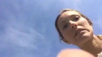 Jelena Ristic, al darse cuenta del descuido