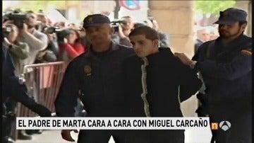 Frame 15.59325 de: Antonio del Castillo se entrevista por primera vez con Miguel Carcaño en la cárcel