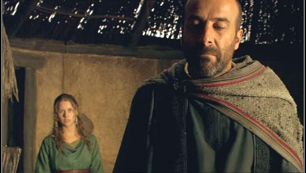Teodoro recrimina a Helena su mal comportamiento