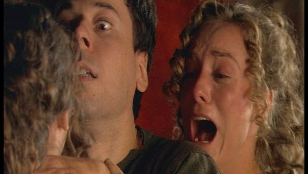 Sabina mata a Gabino en defensa propia