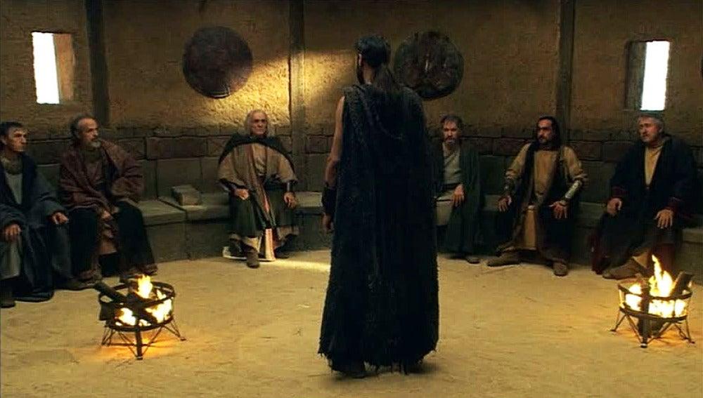 El consejo apoya a Viriato y decide luchar contra Roma