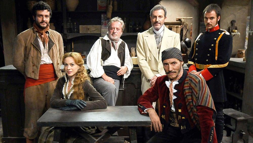 Roberto Pérez, Sara Reeves, Cosme Saura, Don Germán, Juan Caballero y Miguel Romero