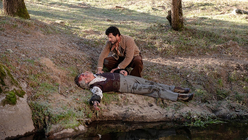 Roberto halla el cadáver de Peralta