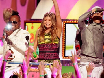 Gala de los Teen Kids Choice Awards con los Black Eyed Peas