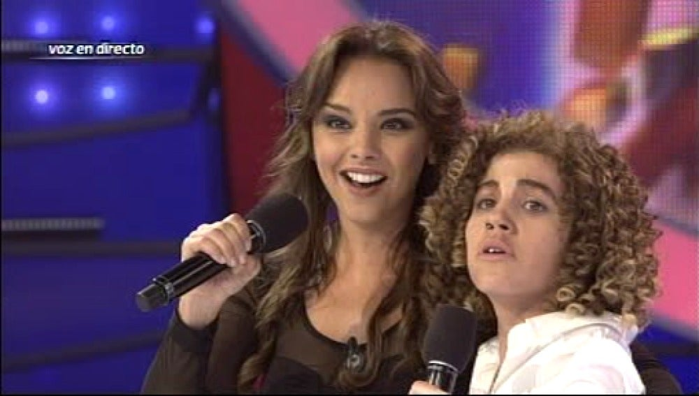 Chenoa y Bisbal cantan juntos
