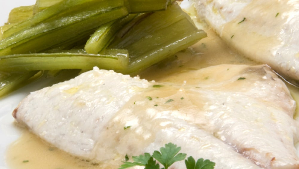 Dorada con salsa de ajo