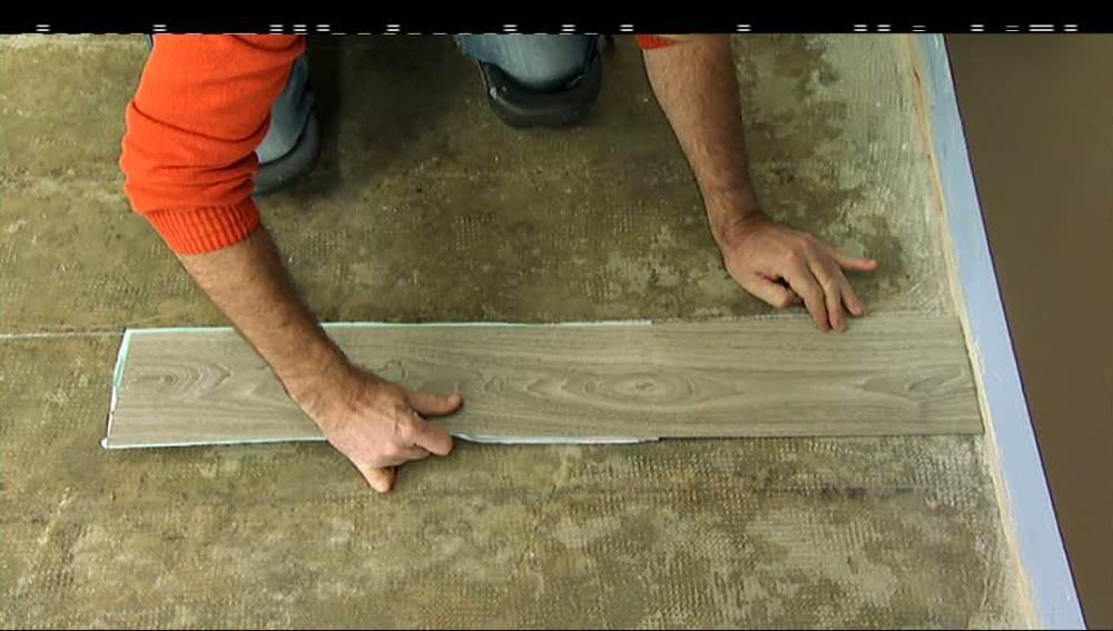 Aprende a colocar lamas vinílicas para suelo