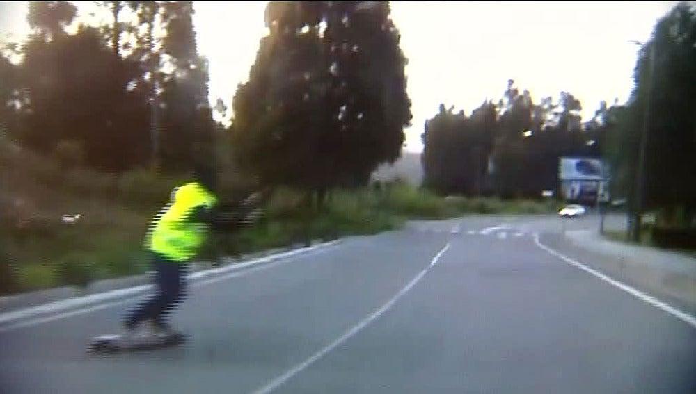 Los skaters invaden el carril contrario