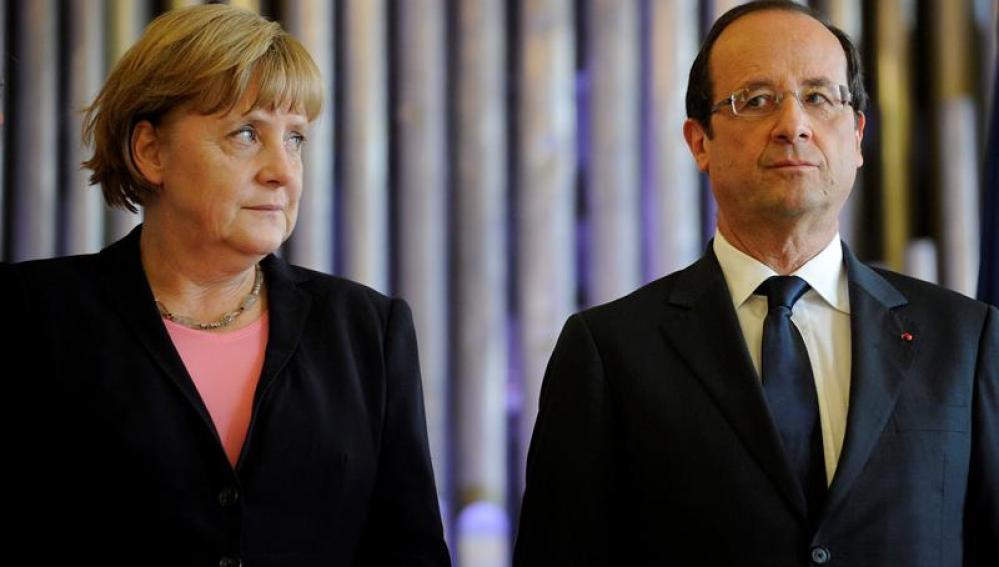 El presidente de Francia, François Hollande, y la canciller alemana, Angela Merkel