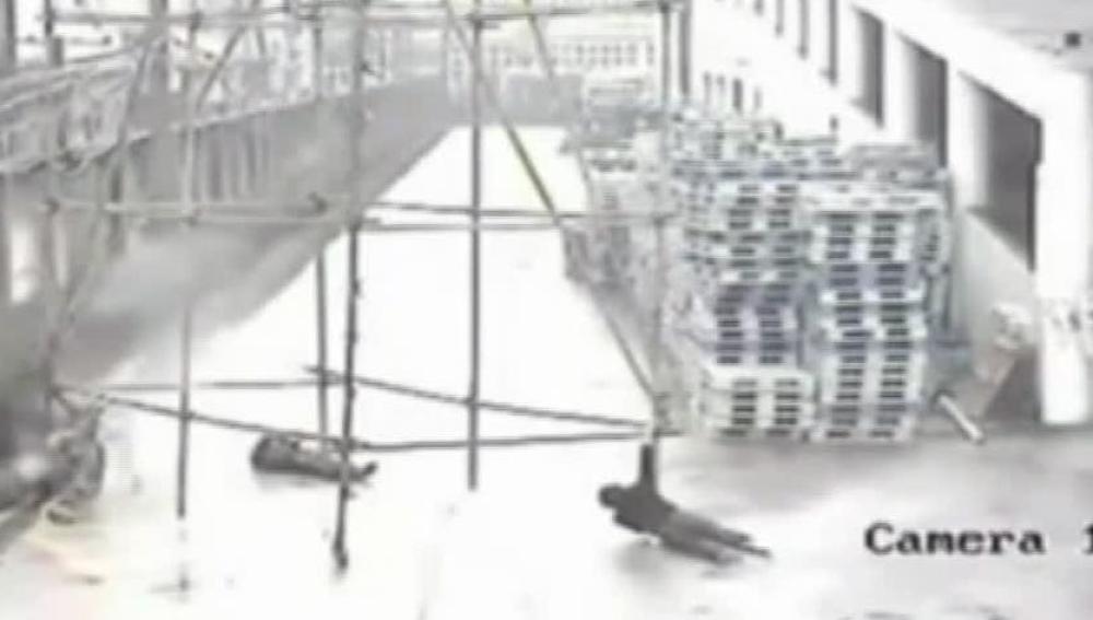 Tres obreros fallecen electrocutados en un accidente