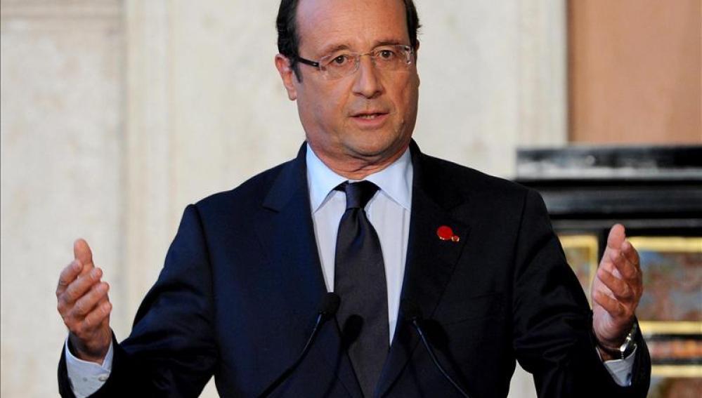 Hollande anuncia un ajuste económico de 30.000 millones