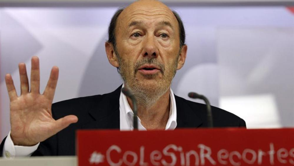 Rubalcaba explica las conclusiones del Comité federal del PSOE