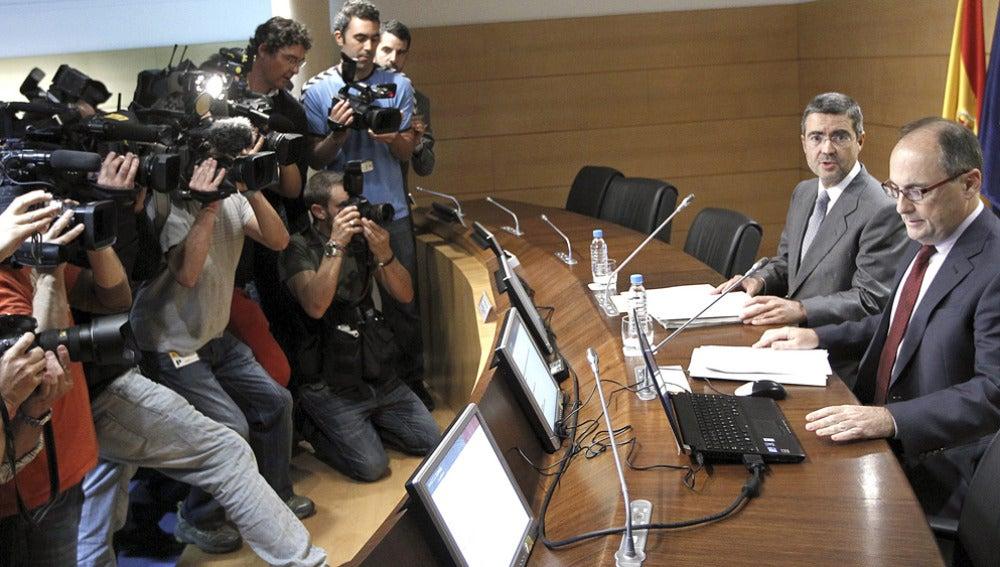 El subgobernador del Banco de España, Fernando Restoy, y el secretario de Estado de Economía, Fernando Jiménez Latorre
