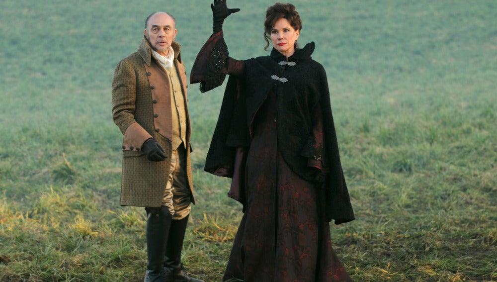 Cora y el padre de Regina