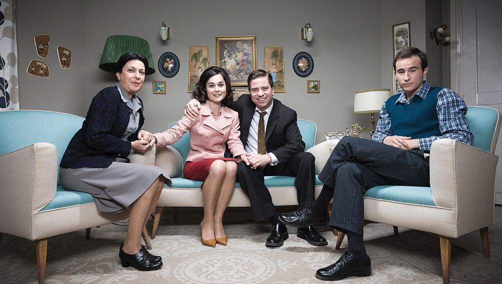 La familia Muñoz con Felisa y Pedrito