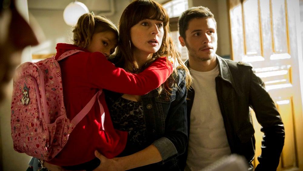 Elena está dispuesta a hacer un trato si le dejan llevarse a sus hijos