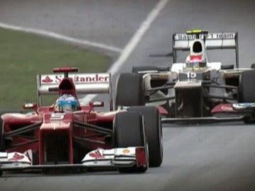 Alonso contra Pérez en el GP de Malasia 2012