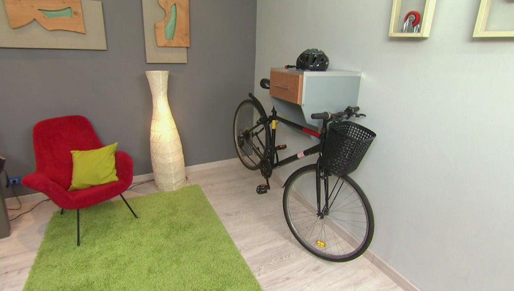 Construimos un cajón cuelga-bici