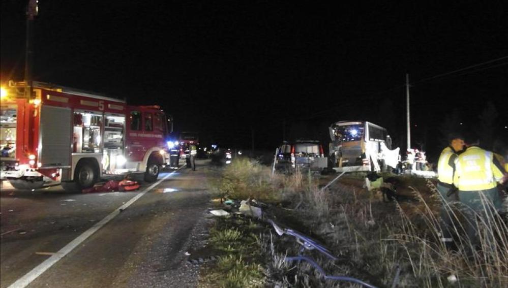 Diez muertos y 27 heridos en siete accidentes de tráfico en el fin de semana