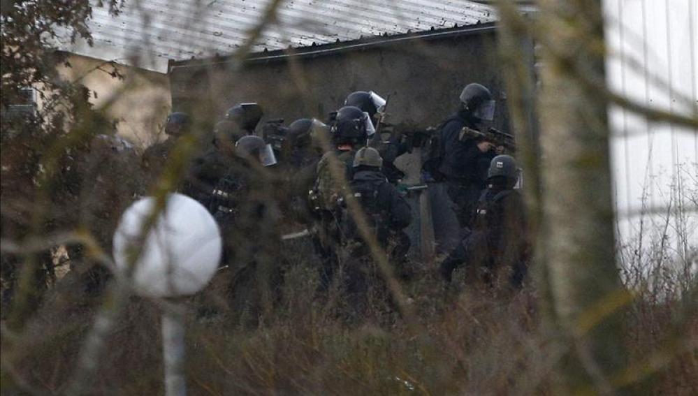 Asalto policial contra los hermanos Kouachi