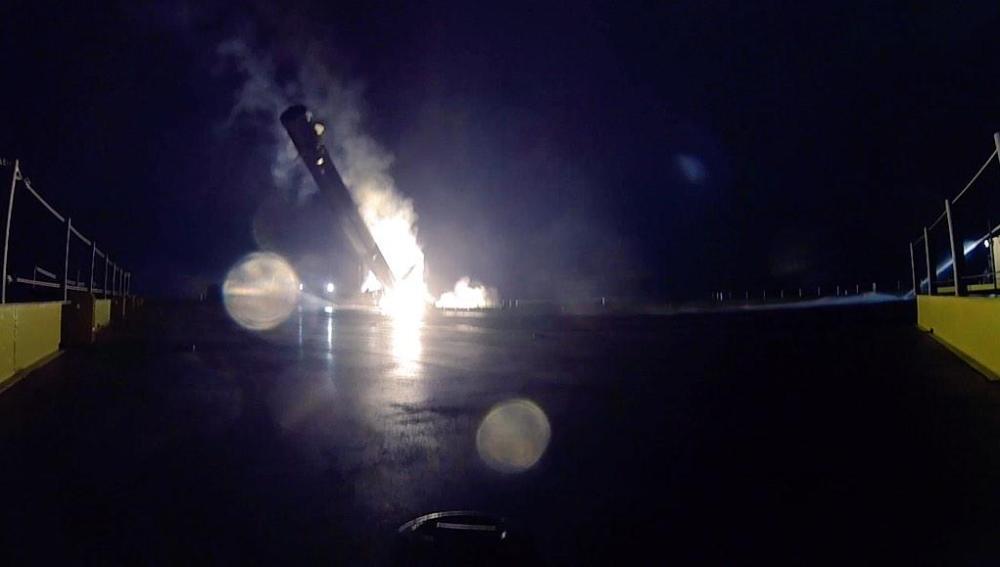 El Falcon 9 se estrella contra el suelo