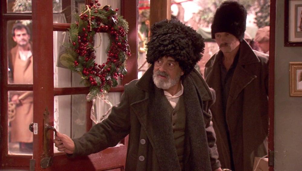 Pedro vuelve a Puente Viejo con un cosaco