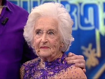 Los bailes de Sarah Paddy a sus 81 años