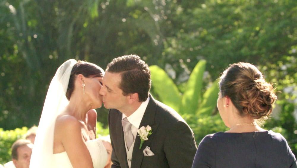 Mónica y Pedro se dan el 'Sí quiero'