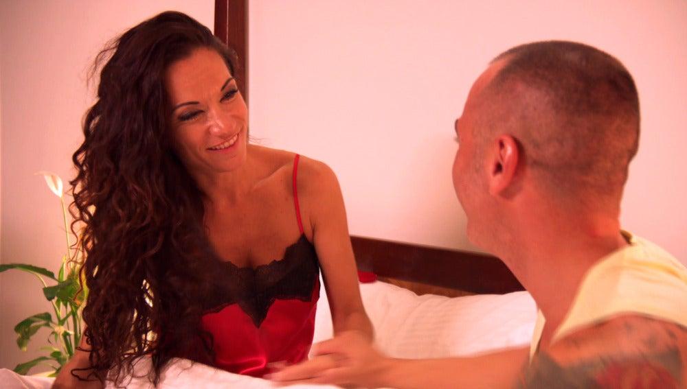 """Sabrina seduce a Jonathan: """"Tengo un picardías súper bonito"""""""