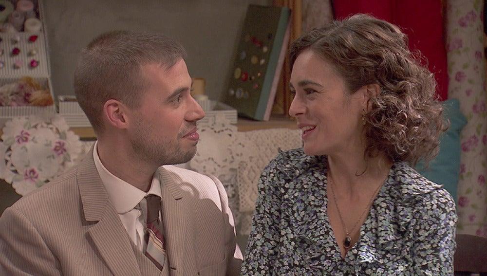 Hipólito y Gracia le piden a Don Anselmo que los case