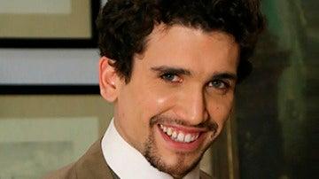 Jaime Llorente es Elías en El secreto de Puente Viejo